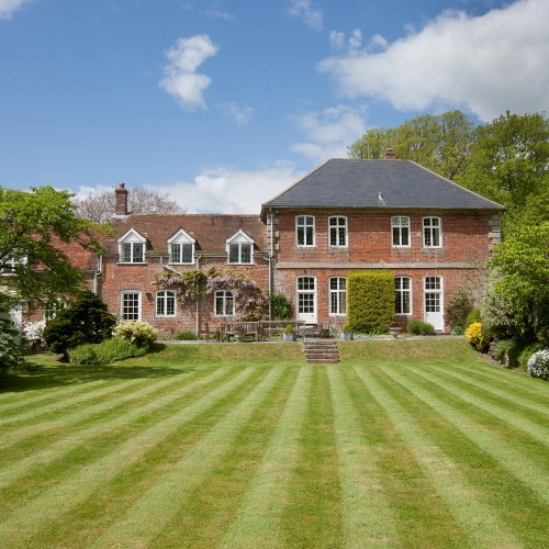 Property of the Day: Manor Farm House, Wiltshire