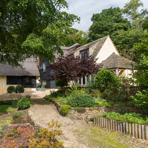 Property of the Day: The Thatched House, Gloucestershire