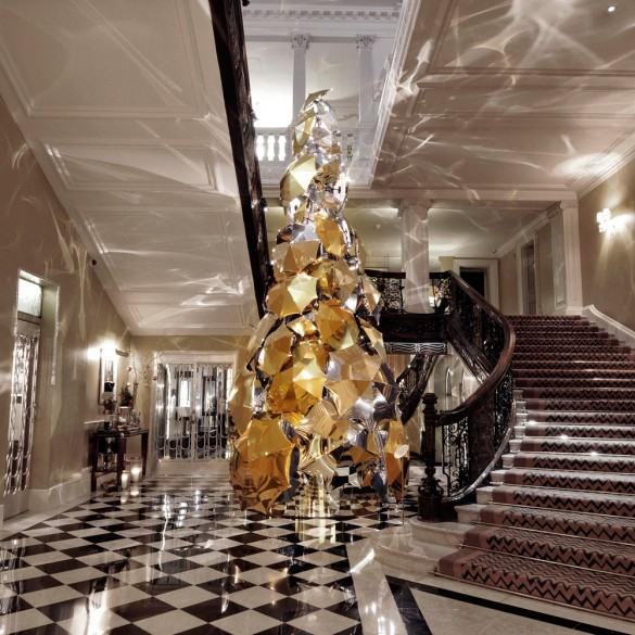 designed by burberrys christopher bailey the christmas tree at claridges unveiled earlier this week breaks with tradition featuring almost 100