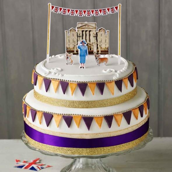 Her Majestys Birthday Cake Town Country Magazine Uk