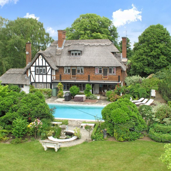 Properties With Pools For Sale The Best Homes For Sale With Swimming Pools Town Country